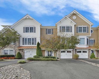 37315 Trent Court - Gorgeous pet-friendly town home sleeps 10, close to beaches with two pools and tennis courts, **Includes Linens + Towels ** Includes 1 RB City Parking Hangtag - Rehoboth Beach