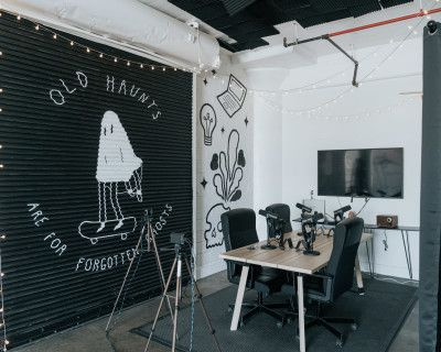 Photo Video Podcast Studio, Los Angeles, CA