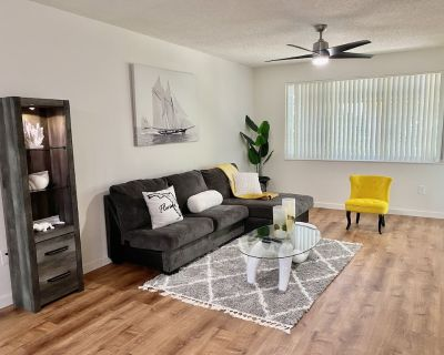 Luxurious 2/2 Apartment Near Beach & FLL Airport - Fort Lauderdale
