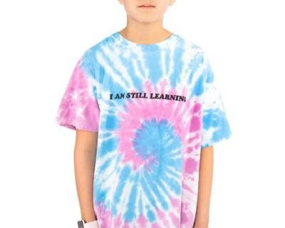 Looking to buy Graphic Tees for Boys Online?