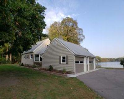 174 Twin Lake Blvd, White Bear Lake, MN 55127 3 Bedroom House