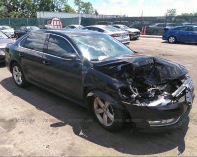 Salvage Black 2015 Volkswagen Passat