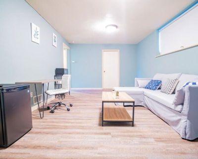 Loftium | Spacious 2 Bedroom Westminster Guest Suite! - Westminster