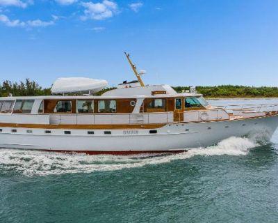 1972 Trumpy Houseboat