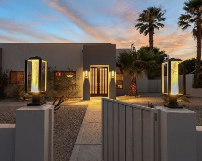 Beautiful home for your next Palm Springs Vacation rental - Desert Park Estates