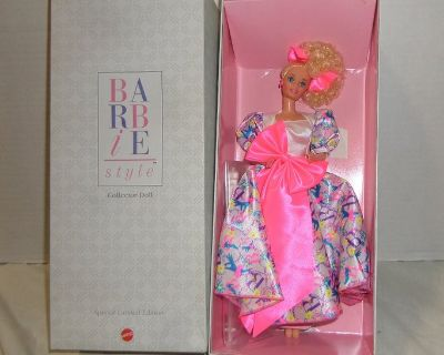 MIB Barbie Style 1990 Barbie Doll Collectible