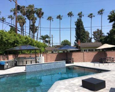 Exclusive Poolside Hideaway, Downey, CA