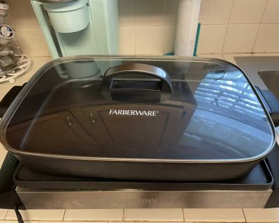Faberware electric grill/griddle/Dutch over. Like new