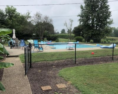 Oasis in the Country - Larue County