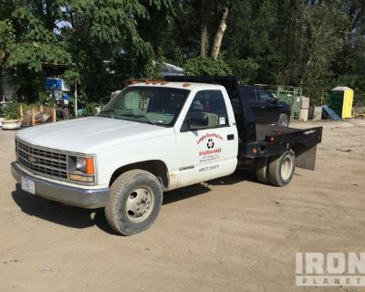 1990 Chevrolet Silverado 3500 4x2 Flatbed Truck
