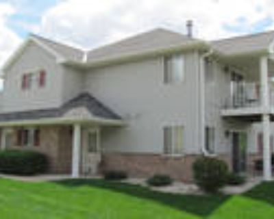 Oklahoma Park Townhomes - 2 Bedroom, 2 Bath Upper Townhome with Fireplace