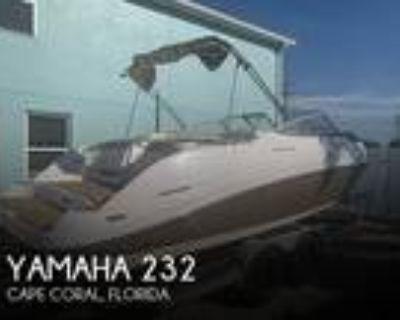 23 foot Yamaha 232