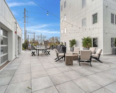 NEW Beautifully Styled 2 BDR Suite Rooftop Patio Elevator Gym Coffee - Southwest Center City