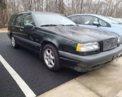 1997 Volvo 850 Automatic LP Turbo with Sunroof Wagon