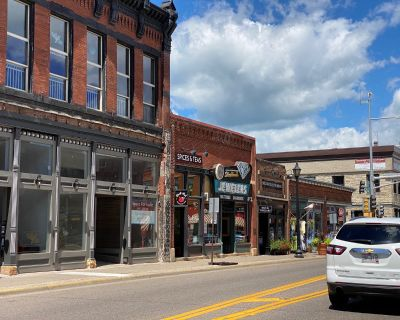 Retail Space for Lease Downtown Main St Stillwater