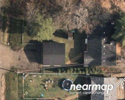 3 Bed 2 Bath Foreclosure Property in Mchenry, IL 60051 - Fox Lake Rd