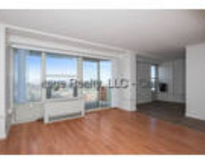 Huge 2 Room Studio with Views! Private Balcony! Garage, Laundry, Gym!