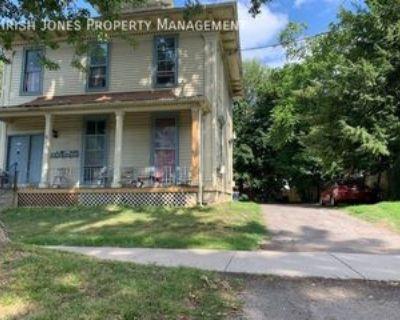 178 Pine St #2, Lockport, NY 14094 2 Bedroom Apartment