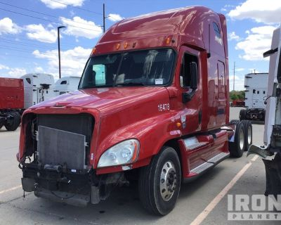 2012 Freightliner Cascadia 125 6x4 T/A Sleeper Truck Tractor