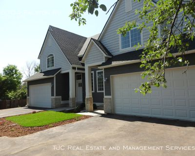 Arvada Home for Rent! Walk to Old Town Arvada!