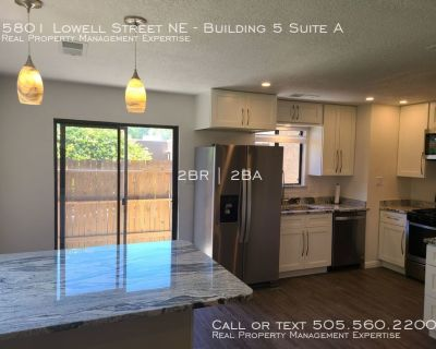NEWLY RENOVATED, MODERN OPEN FLOOR PLAN, DOG FRIENDLY, CUSTOM FIRE-PLACE, GARAGE, PATIO, LUSH AND GREEN NEIGHBORHOOD, PRIVATE GARAGE, WATER INCLUDED