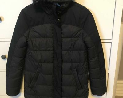 Size 14 Ivivva down filled winter coat.very warm but light weight and comfortable.