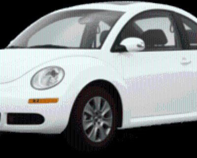 2009 Volkswagen New Beetle S Coupe Auto