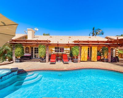 Family-Friendly Home w/ an Outdoor Kitchen, Private Pool, & Spa - 3BR - #66708 - La Quinta