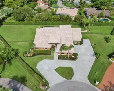 PUBLIC AUCTION: CONTENTS OF CORAL SPRINGS HOME