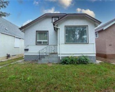 St Anthony Ave, Winnipeg, MB R2V 0R6 3 Bedroom Apartment
