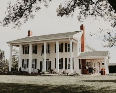 Enjoy a Beautiful Colonial Home and All The Kansas City Area Has to Offer - Dearborn