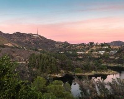2960 Lakeridge Dr, Los Angeles, CA 90068 3 Bedroom Apartment