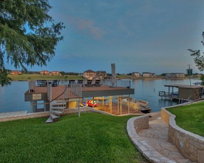 LAKE LBJ Waterfront Home with Guest Cottage and Large 2 Story Dock - Kingsland