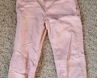 Size 4t (says 5t but small fit)