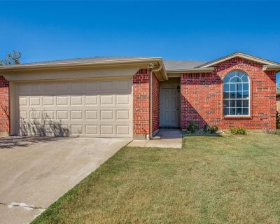 4613 Brimstone Dr, Fort Worth, TX 76244