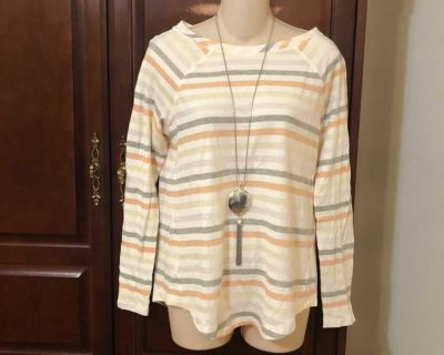 15.00 Size small NWT LOFT PASTEL STRIPED TOP SO SOFT. Perfect addition to your wardrobe.