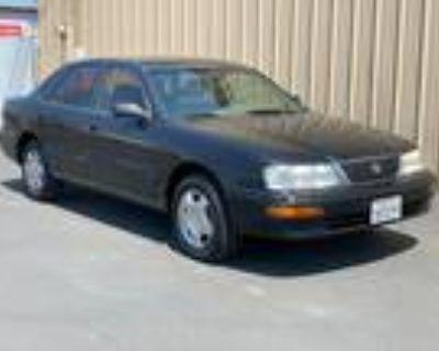1997 Toyota Avalon XLS Gray,