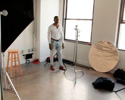 ~Bright Intimate Photo Studio in DTLA with Equipment~, Los Angeles, CA