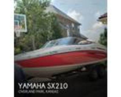 21 foot Yamaha SX210