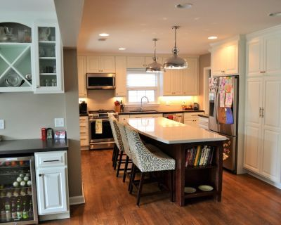 Ryder cup Milwaukee North Shore home available; updated home- 4 bed,3 bath - Whitefish Bay