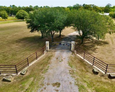 26136 Pine Shadows Drive, Hockley, TX 77447