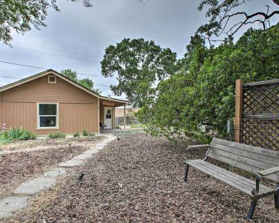 NEW! Cozy Abode w/ Patio, 16 Mi to San Luis Obispo - Atascadero