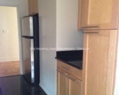 Upper East Side - 2 bedroom , Doorman/Elevator Gym with 1212 sq ft , NO FEE