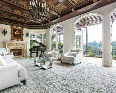Los Angeles, California 6 Bedroom House For Sale