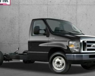2016 Ford Econoline Commercial Cutaway E-350