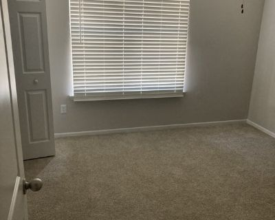 Room For Rent In My Apartment