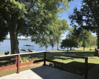 Nashville area Lakefront Home with Private Dock, Pontoon Boat Rentals close by - Lebanon