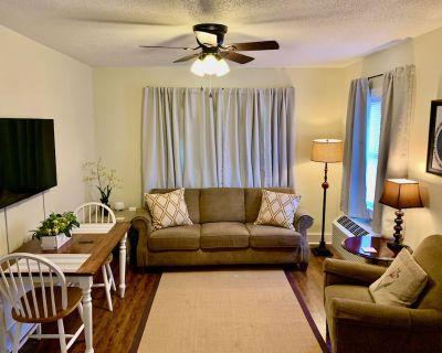 Comfortable & Clean 2-Bedroom Apartment in Midtown - Mobile