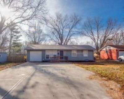4605 E Red Bridge Rd, Kansas City, MO 64137 3 Bedroom House