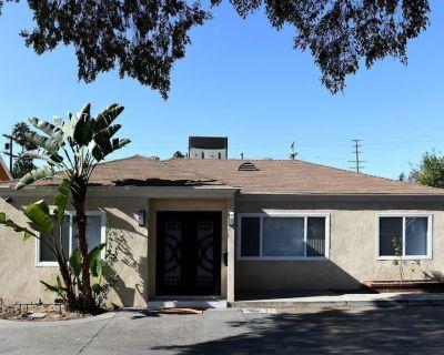 Bright Spacious Family House Near Universal Studios - North Hollywood